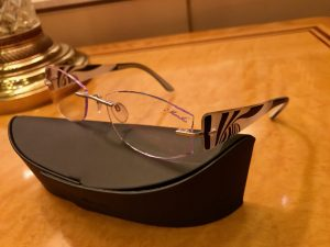 Silhouetteのメガネとケース
